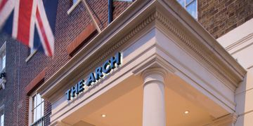 The Arch London in Marylebone will be offering a luxurious three-course Festive menu.