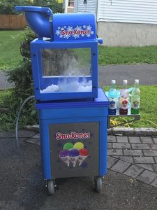 Snow cone machine and Ice chest