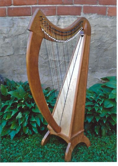 "26 String Irish/Celtic Floor Harp ""Braunwen""  with full set of TRUITT Sharping Levers."