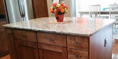 St. Cecilia Granite with 1/2 bullnose edge