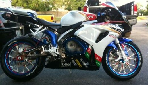 Honda CBR, Custom 5 Tone Powder Coated Wheels, Powder Coated Frame, Swing Arm, Front End, Calipers.