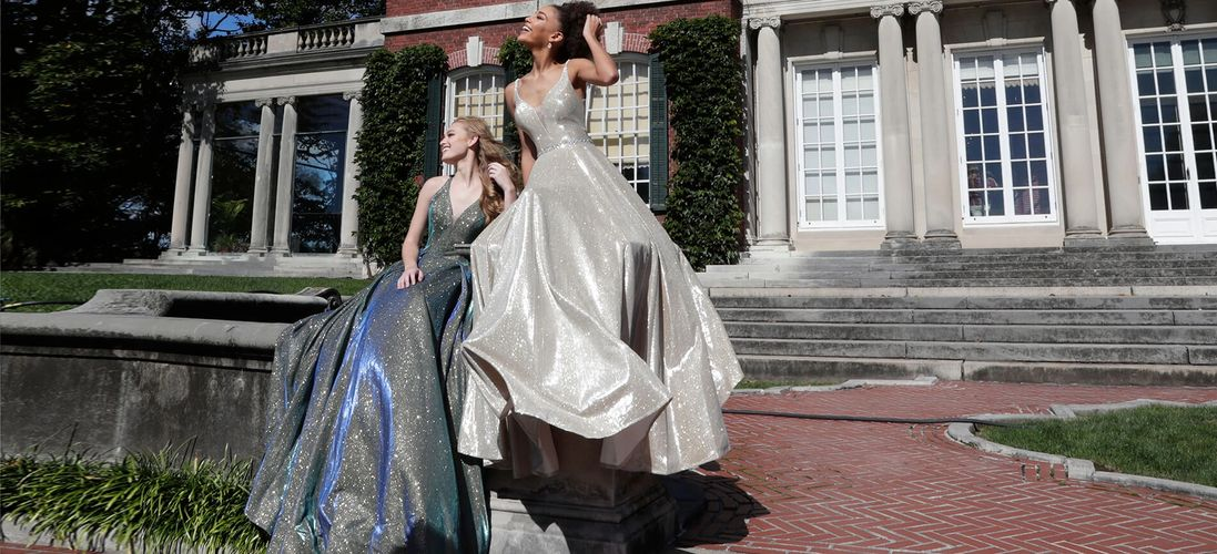 Prom Dresses In Waco Sochic By Vanessas