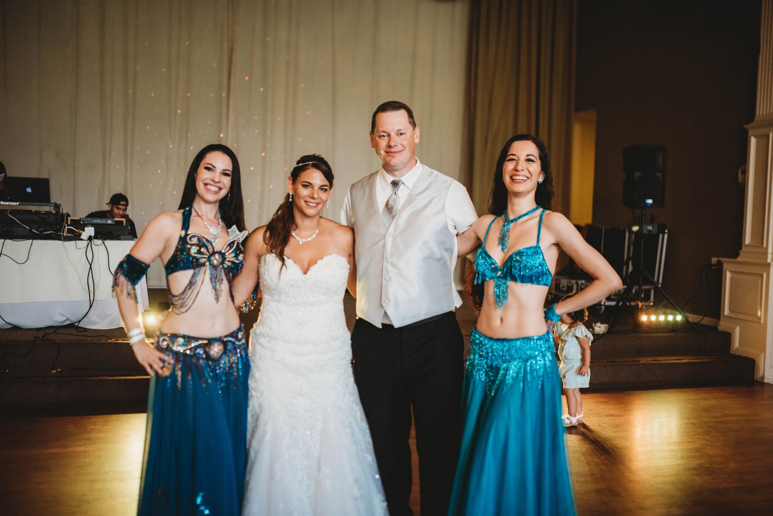 Mychelle Crown, Bellydance and Pilates in Northern California.  Weddings, classes, parties, events.