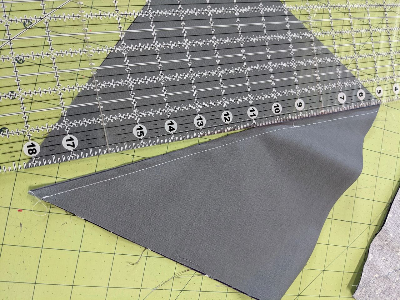 how to sew a half triangle