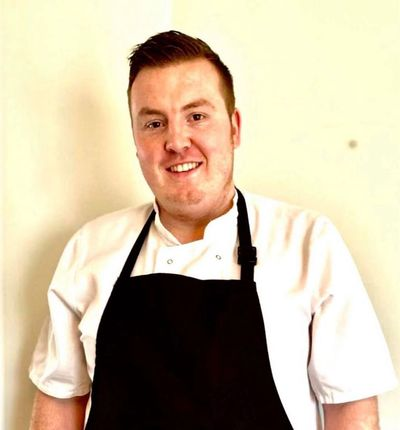 Steve Raines Gardiner Chef cooking Comfort Food at Good Food On The Edge Wotton Under Edge