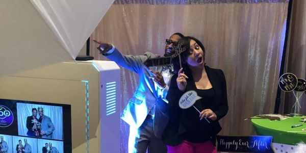 Large touch screen photo booth