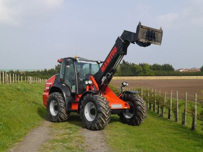 Manitou telehandler for contract hire