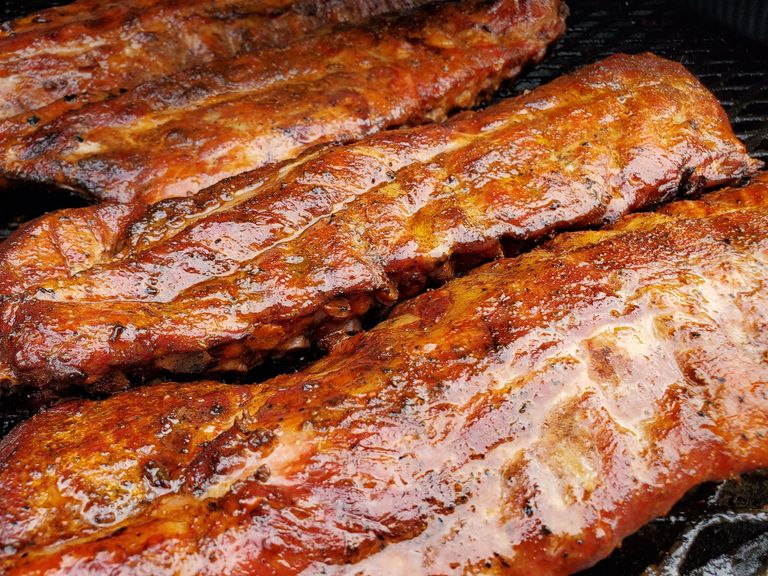AManda's BarBeeQue award winning smoked Ribs