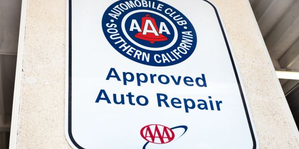 AAA Approved auto repair sign
