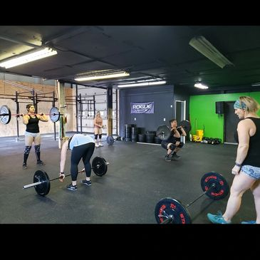 Group training and Crossfit classes in Elkhart, IN.
