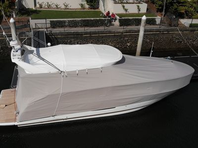 A custom all over cover by Classic Marine Trimming