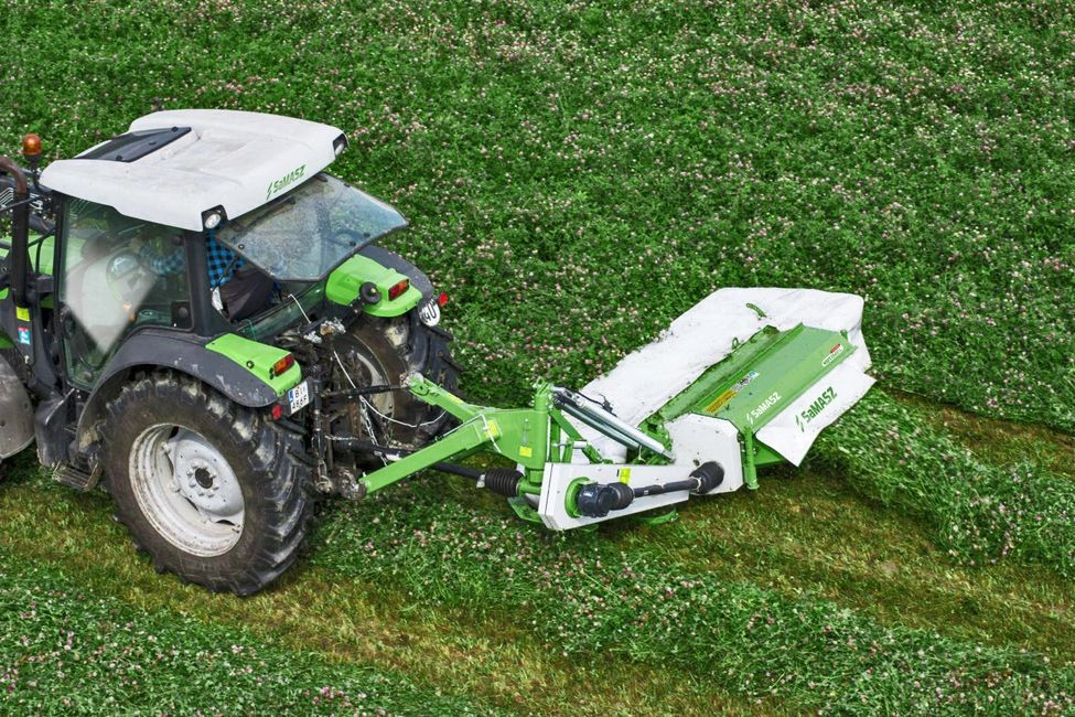 SAMASZ DISC MOWER WITH CONDITIONER