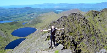 Coomloughra Horseshoe Hiking in The MacGillycuddy's Reeks to Caher Carrauntoohil and Beenkeragh