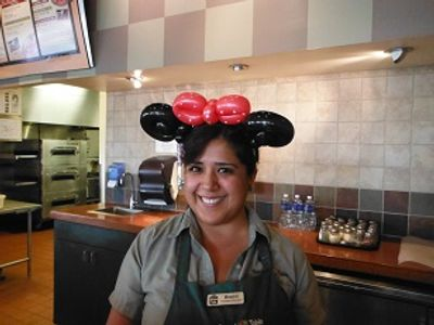Balloon animals and balloon sculptures for parties in  the Fresno and Clovis areas