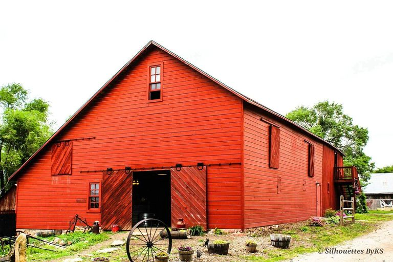 Plan your event at the historic Lamborn Farm.