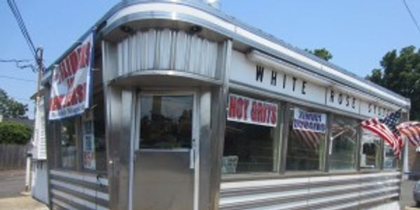 Corner picture of White Rose Diner taken from the outside