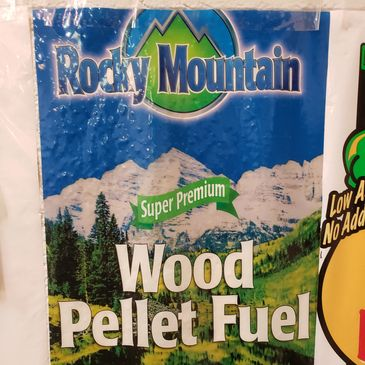 Made in colorado Rocky Mountain pellets are 100 percent pine pellets.