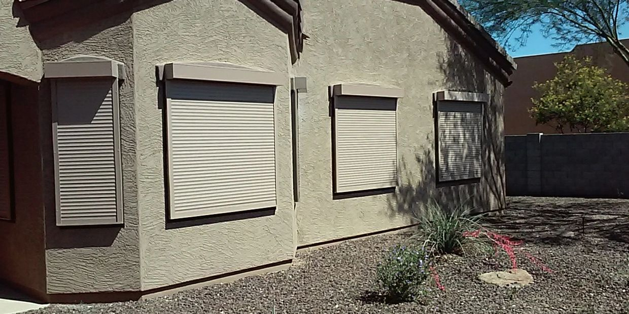 ROLLING SHUTTERS / SECURITY SHUTTERS
