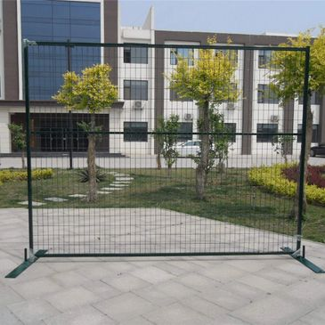 All Canada standard temporary fencing panels