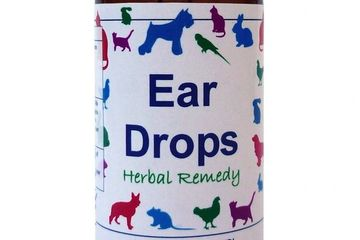 Ear Drops, Traditional herbal oil combination to help soften ear wax