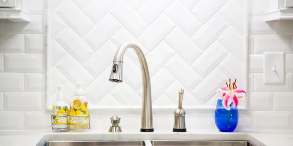 kitchen backsplash white subway tile