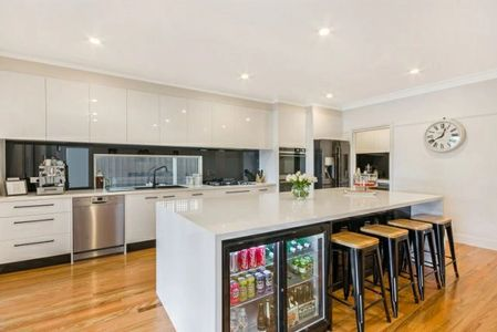 Space saving design. Kitchen cupboards Bentleigh, Oakleigh, Brighton, McKinnon, Beaumaris, Highett