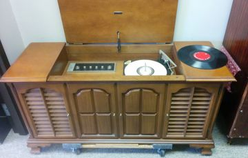 Zenith c937 Chassis 29ct30  Vintage stereo Console for sale