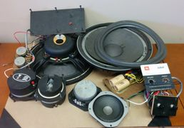 JBL Jubel L65 components