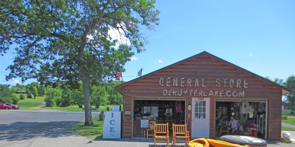 DeRuyter Lake General Store