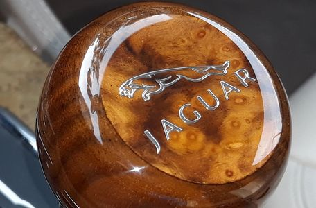 Jaguar Walnut Burl Gear Shift Knob