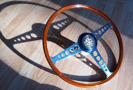 Jaguar XKE,E-Type Wood Steering Wheel 16""