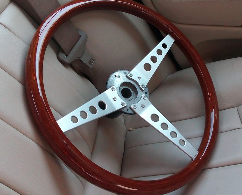 Jaguar XKE V12 Series 3 Wood Steering Wheel