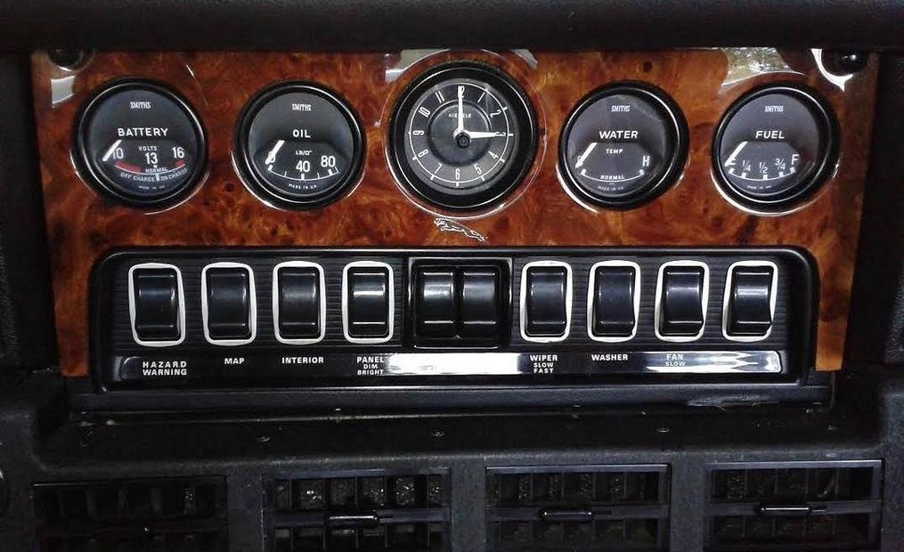 Jaguar XKE, E-Type Wood center dashboard panel