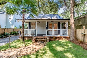 59 Morphy Avenue in Fairhope Alabama managed by Wise Living Rental Properties