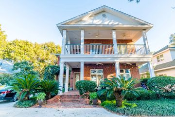 407 South Mobile Street in Fairhope Alabama managed by Wise Living Rental Properties