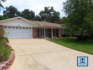 74 Paddock Drive in Fairhope Alabama managed by Wise Living Rental Properties