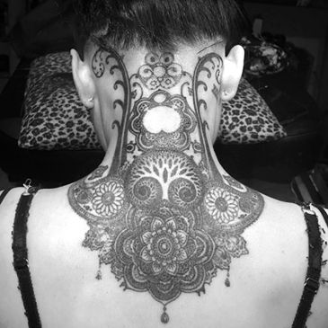 Ivar Treskon, Christchurch tattoo artist. Mandala tattoo.
