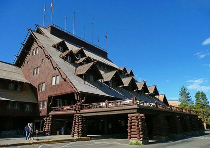 Old Faithful Inn in Yellowstone National Park. Yellowstone Park Vacation Planning.