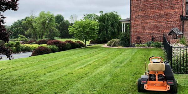 lawn care, lawn mowing, lawn maintenance, landscaping, aeration, trimming, mulch, Gettysburg, PA