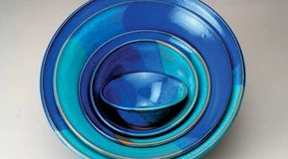 nesting bowls in shades of blue