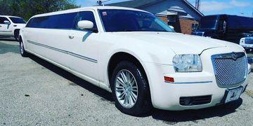 Chrysler 300 Limousine Racine, Wi