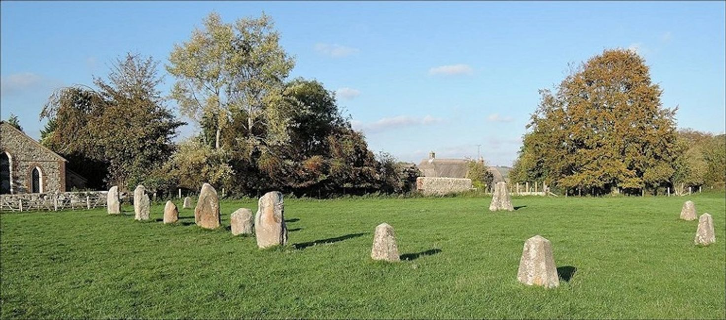 The Z feature in the middle of Avebury's Southern Circle. A concrete plinth marks the Obelisk