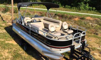 Lake Hartwell boat rentals