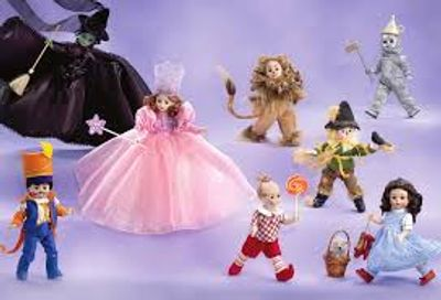 "Madame Alexander The Wizard Of Oz Doll Collection. All WOZ characters 8"" and 10"" dolls, Dorothy, Scarecrow, Tin Man, Cowardly Lion, Munchkins, Glinda the good Withch, Wicked Witch Of The West"