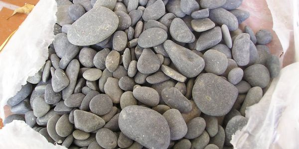Mexican beach pebbles in a bag - grey pebbles, smooth rocks, gray rocks, pebbles for sale in bulk