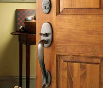 handlesets and decorative hardware