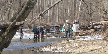 NNWB Water Quality Team members at winter invertebrate collection.