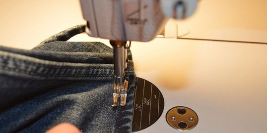Clothing alterations,tailor,alterations,suit tailoring,dress alteration,wedding dress alterations