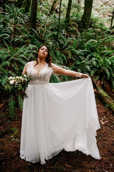 Hug Point  Elopement - Photo: Xiomara Gard ImagoDei Photography