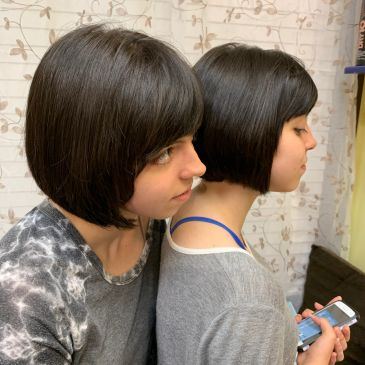 Beautiful layered textured  bob, cut and style by Gospel